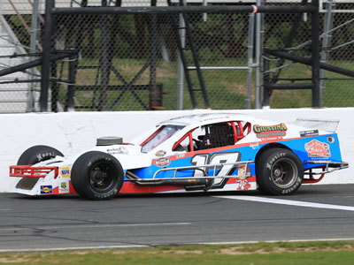 Glen Reen's #17 SK Modified from last season.  (Stafford Motor Speedway Photo)