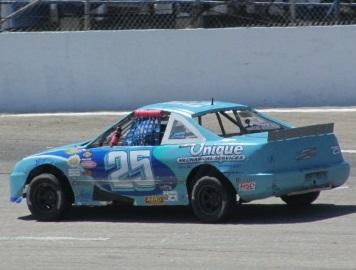 Nic Skilling's #25 Acura Mini Stock  (Mike Twist Photo)