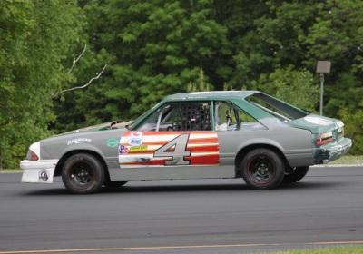 Garry Bashaw's winning #4 Mustang  (Thunder Road Speedbowl Photo)