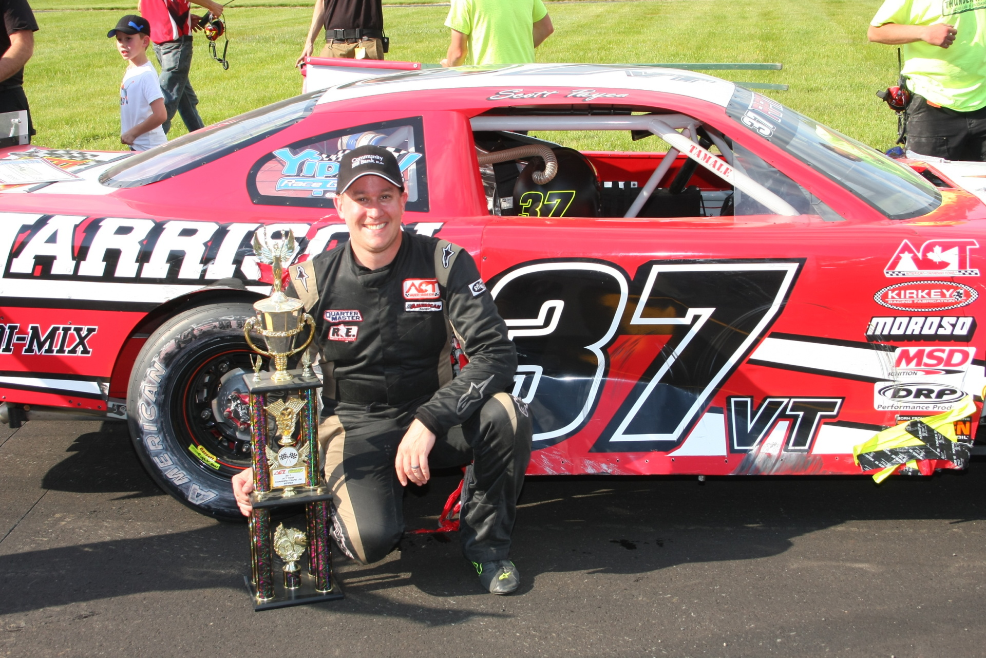 Scott Payea in victory lane at Thunder Road.  (Thunder Road Speedbowl Photo)