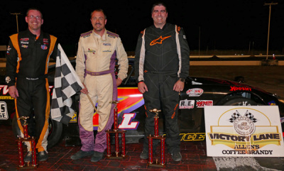 Glen Luce (Center) with runner up Alan Tardiff (Right) and Wayne Helliwell, Jr. (Left).  (OPS Photo)