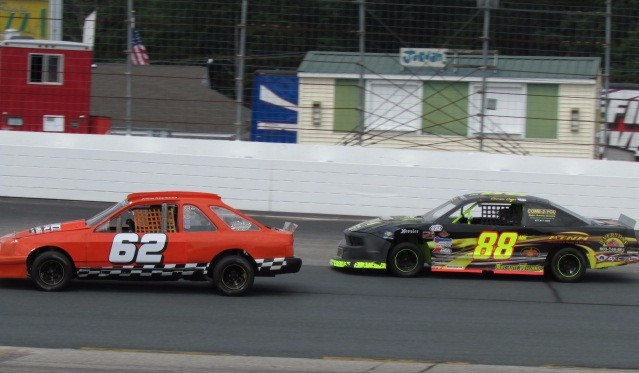 Joe Kendall (#62) and Emerson Cayer (#88) at NHMS.  (Mike Twist Photo)