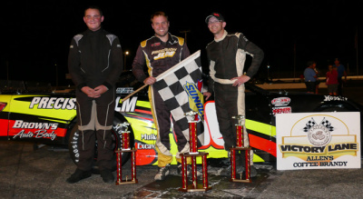 DJ Shaw (Center) celebrates his Super Late Model victory at Oxford. (OPS/Joseph's Photography Photo)