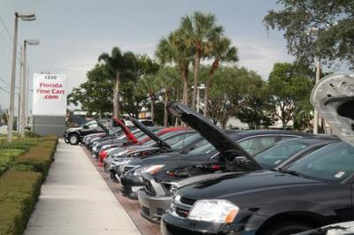 Car shopping in warmer climates is a growing trend for Northerners.  (FloridaFineCars.com Photo)