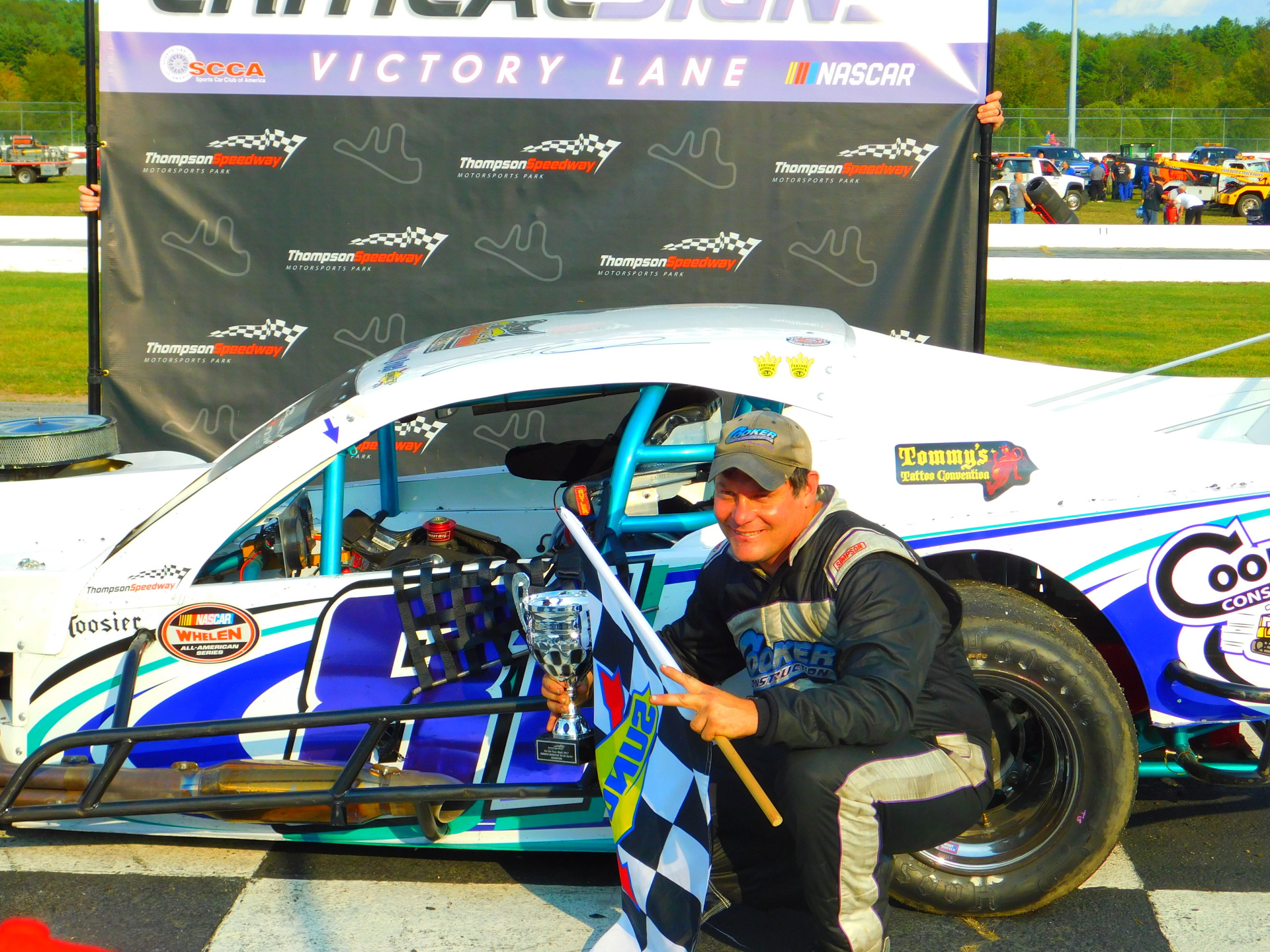 Todd Owen in victory lane at Thompson.  (TSMP Photo)