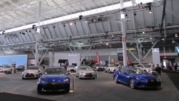 The 2017 New England International Auto Show.  (Mike Twist Photo)