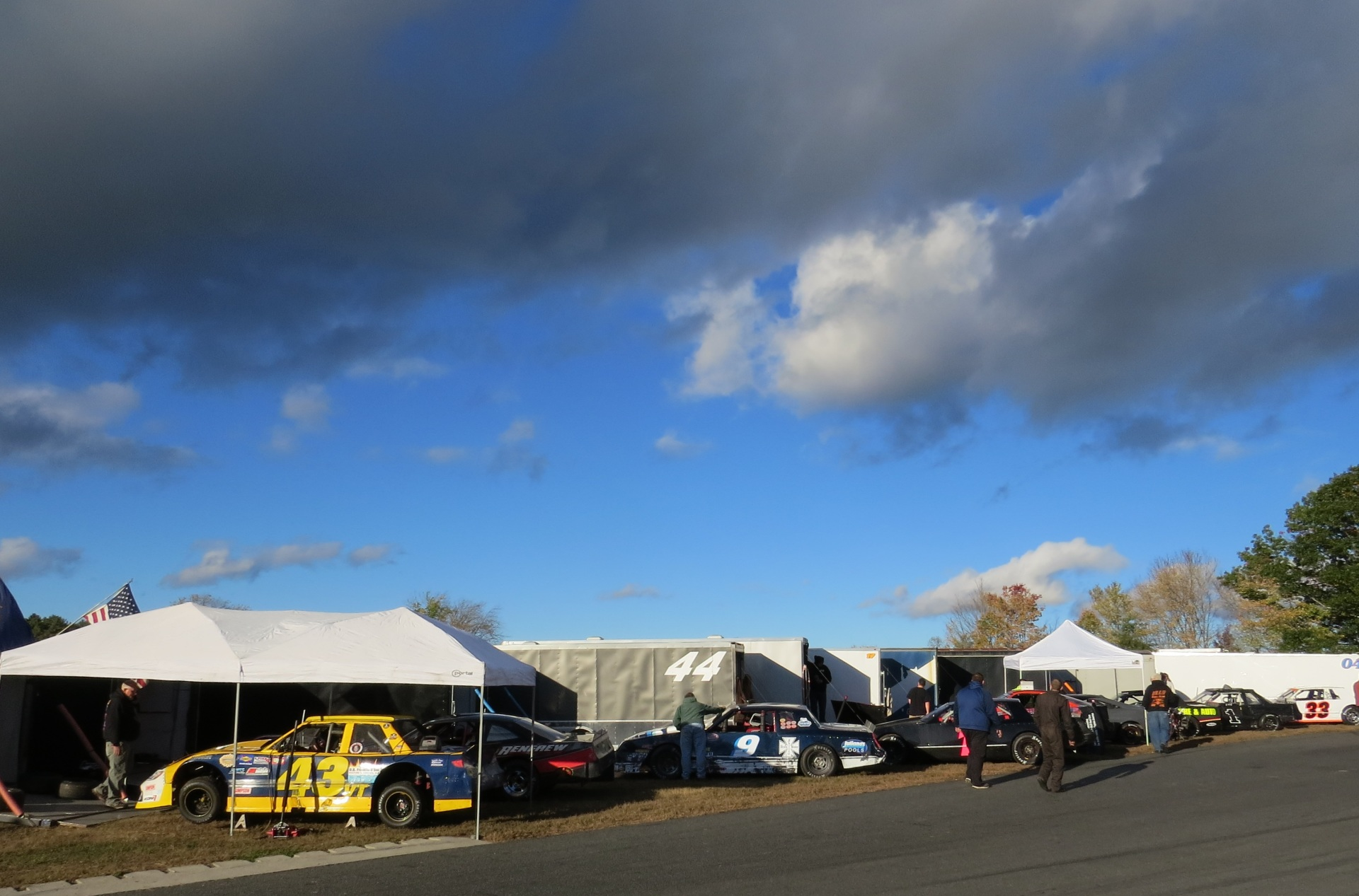 In the pits of the World Series at Thompson.  (Mike Twist Photo)