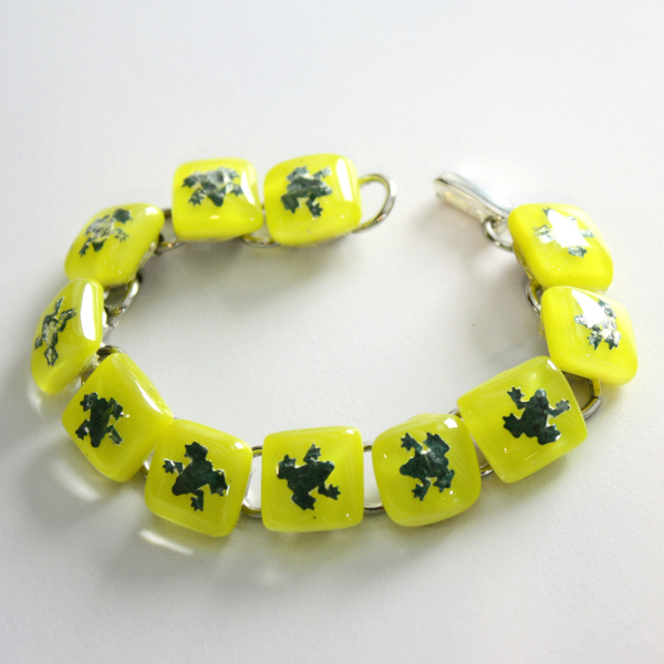 Fused glass bracelet green frogs