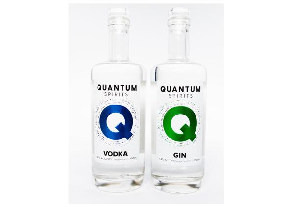 Strange Quark Distillery – Branding