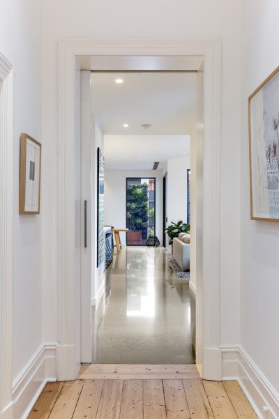 Kew House - Hallway