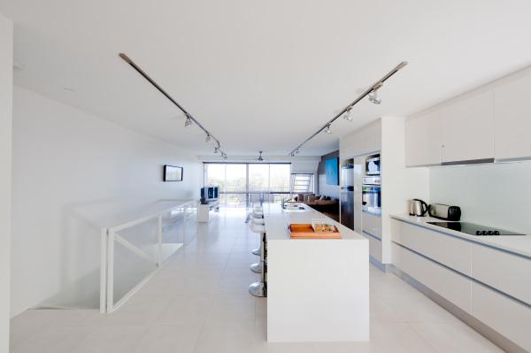 Noosa Apartment - Kitchen