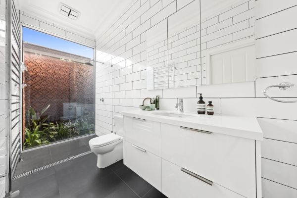 Northcote House - Ensuite