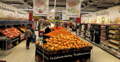 Doua magazine Carrefour au fost preluate de romani. Rezultatul: adaosuri comerciale la jumatate...