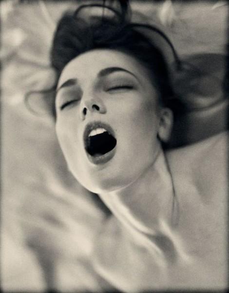 A women orgasms