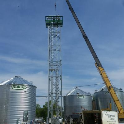 Grain Leg and Crane