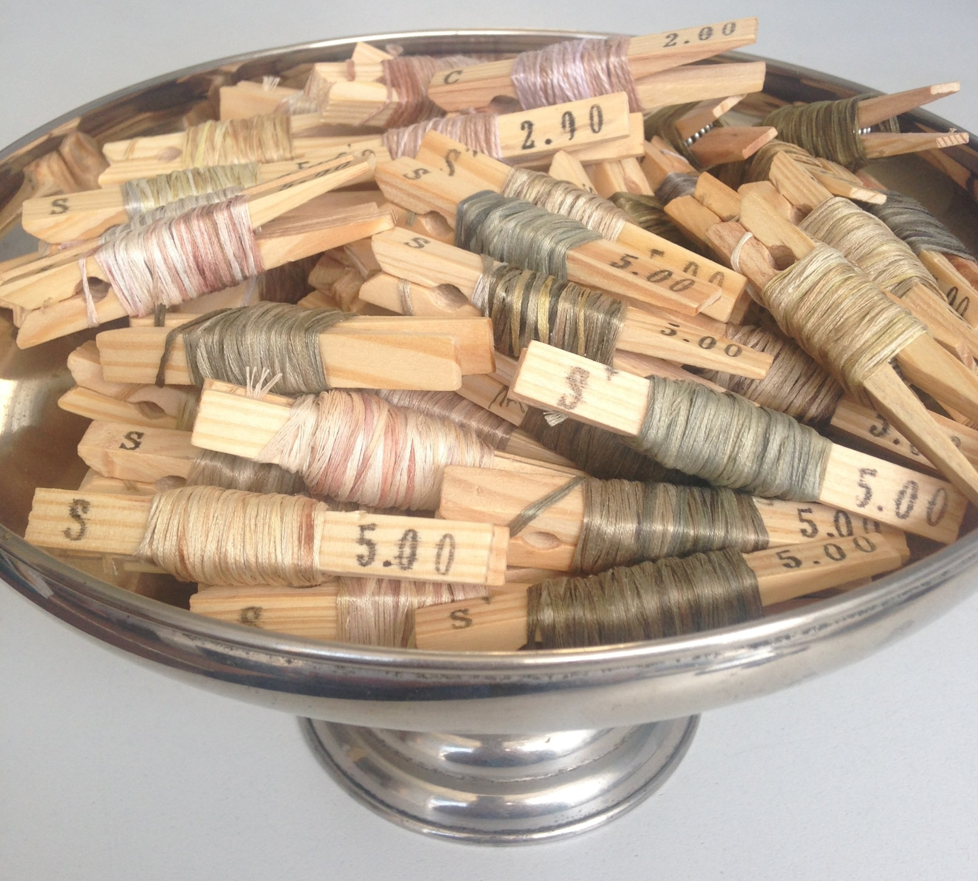 Eco dyed threads - Rita Summers