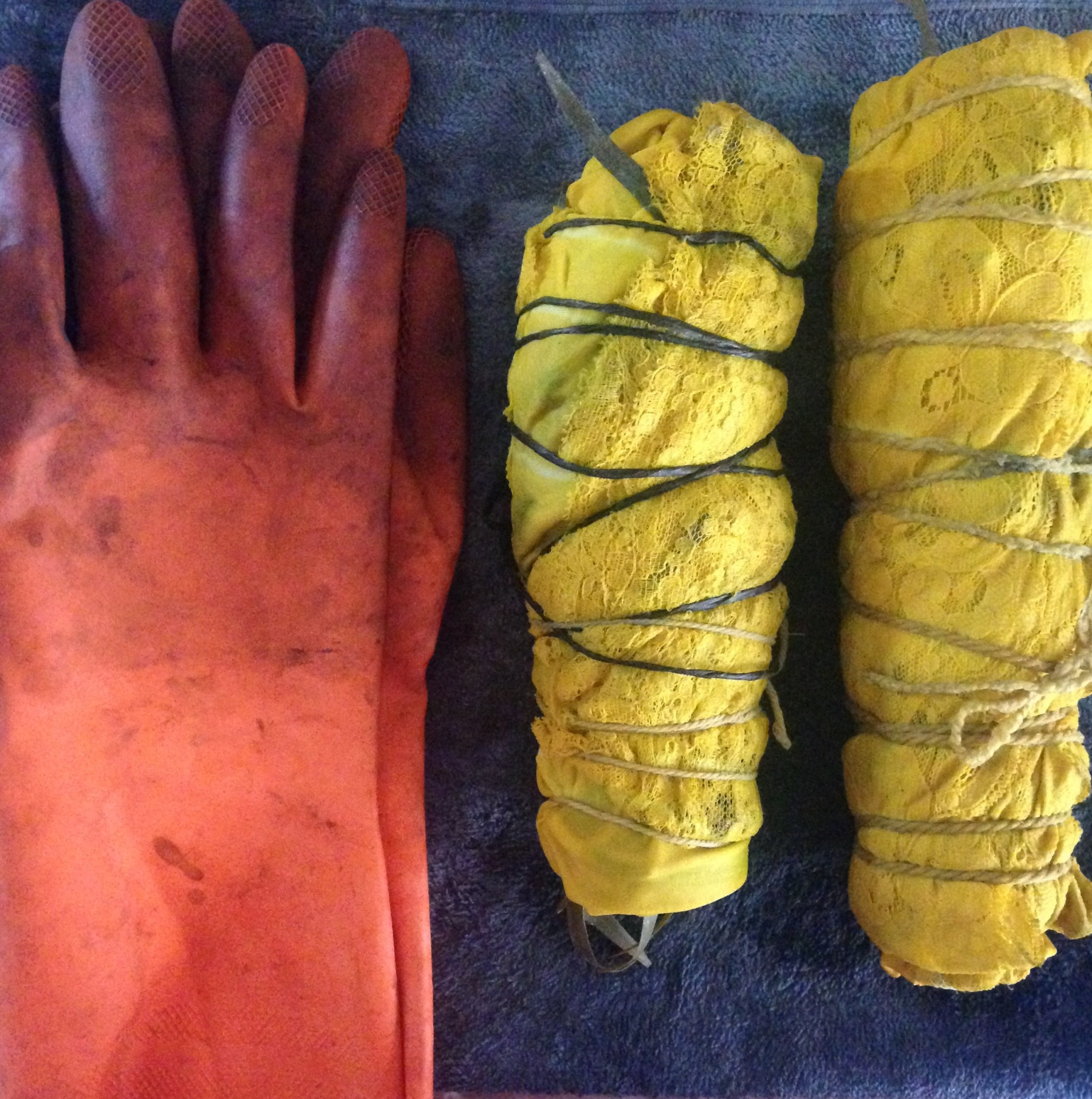 Turmeric as dye