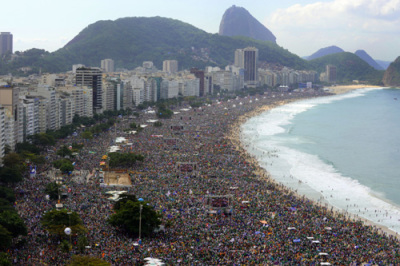 "alt=""Crowds on Rio Beach for Pope Francis"""