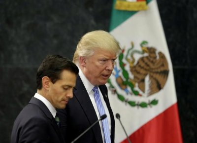 "alt=""Mexico President with DJT"""