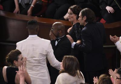 """alt=""""Oscars Finale"""""""