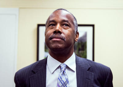 "Alt=""Ben Carson calling slaves immigrants"""