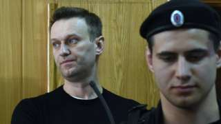"alt=""Alexei Navalny gets 15-day jail sentence"""