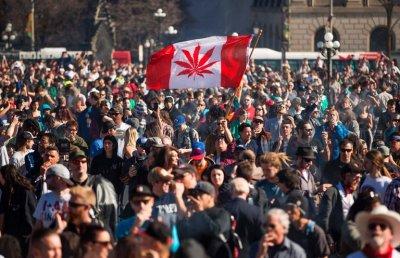 "alt=""Canada legalizes marijuana"""