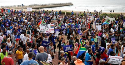 "alt=""South Africa politics and economy"""