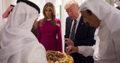 "alt=""Trump seeks reset with Islamic World"""