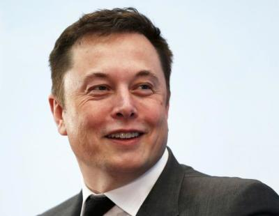 "alt=""Musk, Iger to quit Trump advisory councils after Paris accord decision"""