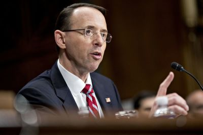 "alt=""Trump appears to attack Rosenstein in a tweet over 'witch hunt'"""