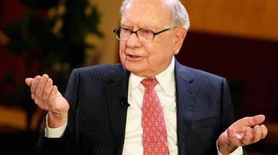 """alt=""""Warren Buffett is investing in Canada"""""""