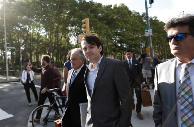 "alt=""If 1 juror decides no one was hurt financially, Martin Shkreli could go free"""