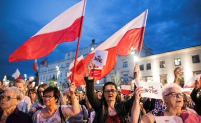 "alt=""Poland's president to veto law to replace supreme court judges"""
