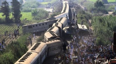 "alt=""Egypt trains collide in Alexandria killing dozens"""