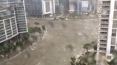 "alt=""Hurricane Irma: Massive storm bears down on Florida"""