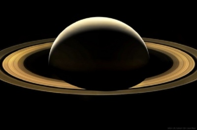 "alt=""Nasa Cassini mission ends as probe breaks up on its final plunge into Saturn"""