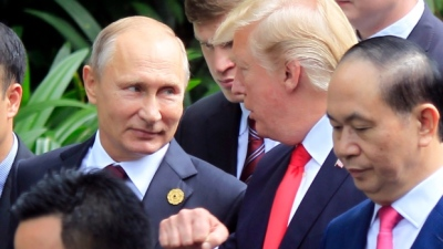 "alt=""Trump says Putin is 'very insulted' by election meddling accusation"""