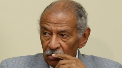 "alt=""More pressure on Democrat John Conyers to resign after new accusation"""