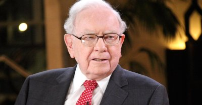"alt=""Buffett on cryptocurrencies: '...they will come to a bad ending'"""