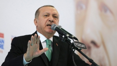 "alt=""Turkey vows imminent strike on Kurdish enclave in Syria"""