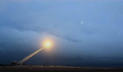"alt=""Russia's Putin unveils 'invincible' nuclear weapons"""