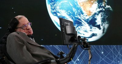 "alt=""Professor Stephen Hawking is dead at 76"""