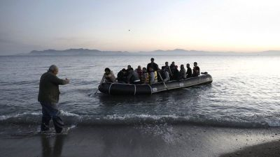 "alt=""Migrant crisis: At least 15 die as boat capsizes off Greece"""