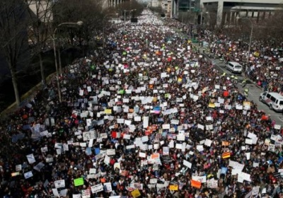 "alt=""March for Our Lives: Students lead massive rallies for gun control"""