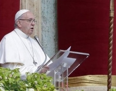 "alt=""Pope Easter message urges 'end to Syria carnage'"""