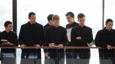 """alt=""""Exorcism: Vatican course opens doors to 250 priests"""""""