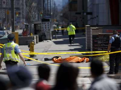 "alt=""'Pure carnage' as van hits pedestrians in Toronto: 10 dead, 15 injured"""