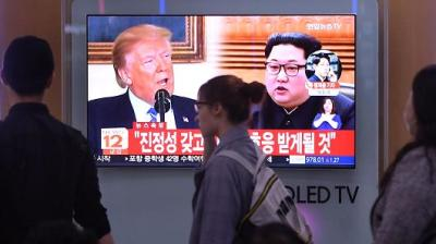 """alt=""""Trump says June 12 summit with Kim Jong Un is back on"""""""