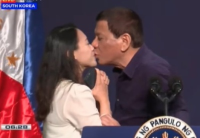 "alt=""Critics Slam Rodrigo Duterte for Asking a Woman to Kiss Him Onstage"""